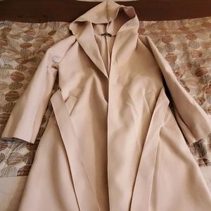 Woman's trench